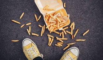 Lektion Littering: Abfalluntericht für Schweizer Jugendliche