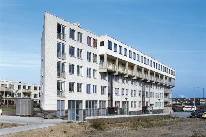 bild 7 baustoff kalksandstein mehrparteienhaus in amsterdam. Black Bedroom Furniture Sets. Home Design Ideas
