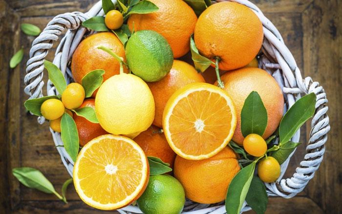 bild 3 winterfr chte aus s den orangen und mandarinen mit grossem vitamin c gehalt. Black Bedroom Furniture Sets. Home Design Ideas