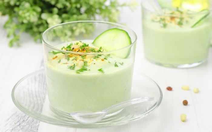 bild 6 kalte suppe sommerliche frische mit feiner suppe aus avocados. Black Bedroom Furniture Sets. Home Design Ideas