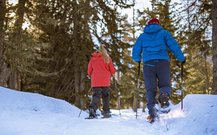 Schneeschuhlaufen und die Walliser Viertausender bestaunen