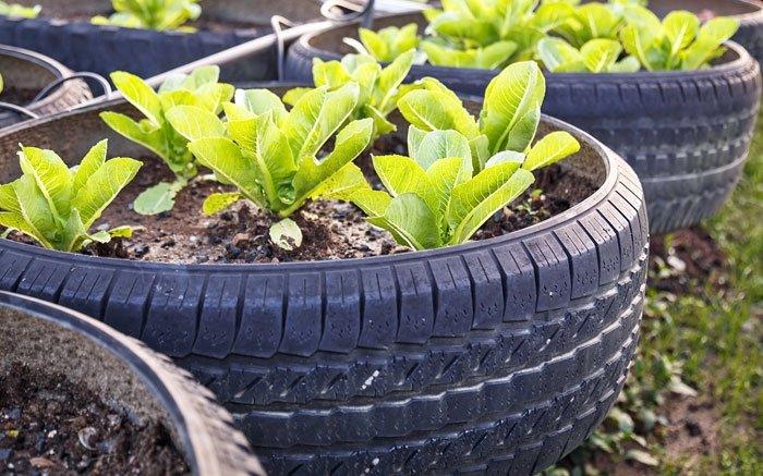 Blumengarten aufpeppen mit alten autoreifen for Gartendeko autoreifen