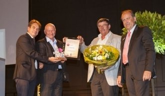 Restaurant Langen Erlen und Sauter gewinnen den IWB KMU Award 2013