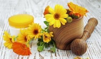 Selbstgemachte natürliche Kosmetik für Gesicht & Haar
