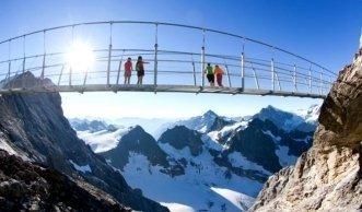 Ausflugsziel Hängebrücke: Natur geniessen in luftiger Höhe