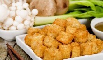 Abwechslungsreiche Rezepte für Tofu: Marinieren, Braten und Backen