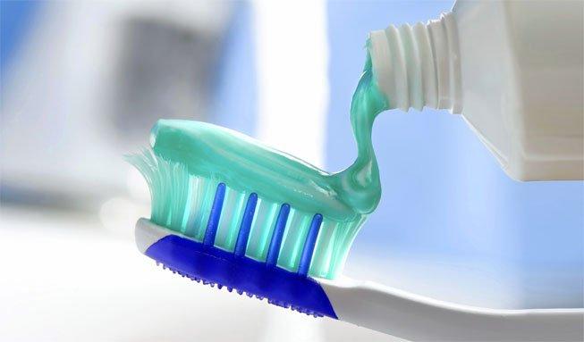 Wie schädlich für die Gesundheit ist Fluorid in Zahnpasta?