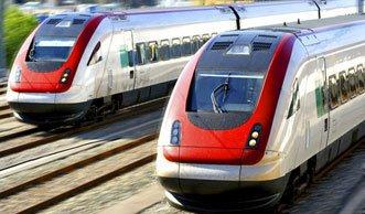 Durch Zug fahren die Umwelt schonen