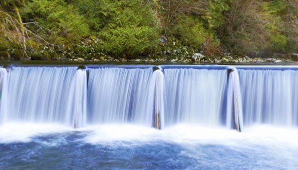 Wasserkraftwerke in der Schweiz liefern Ökostrom.