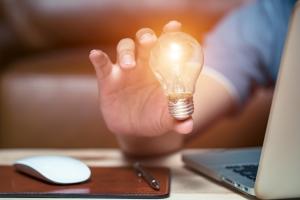 Energie sparen im Homeoffice: Neun einfache Stromspartipps