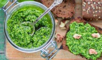 Jetzt wird's grün: Frische Bärlauch-Pesto selber machen