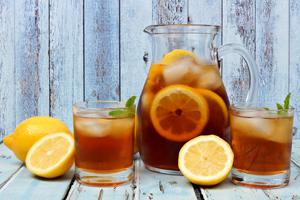 Eiskaltes für heisse Tage: Eistee-Rezepte von gluschtig bis gesund