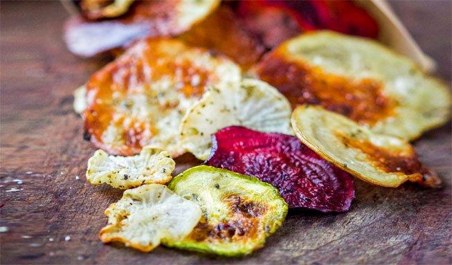 Jetzt wird es knackig: Feine Gemüse-Chips selber machen