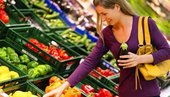 Bei Gemüse und Früchten haben Bio-Labels unterschiedliche Bedeutungen.