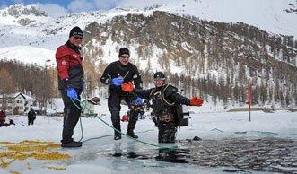 Auf ins kalte Nass: Wo Schweizer Seen zum Eistauchen einladen