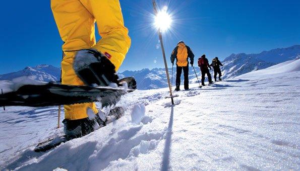 Schneeschuhlaufen und Schneeschuhwandern in der Schweiz