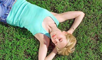 Ab in die Sonne: 7 Tipps für gesunde Bräune