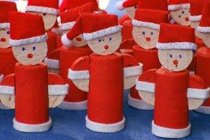 Weihnachtsdeko selber basteln adventskranz dekokugeln co - Weihnachtsdeko selber basteln kindergarten ...