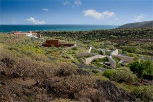 Das erste bioklimatische Dorf der Welt auf Teneriffa bietet auch Unterkunft für Touristen.