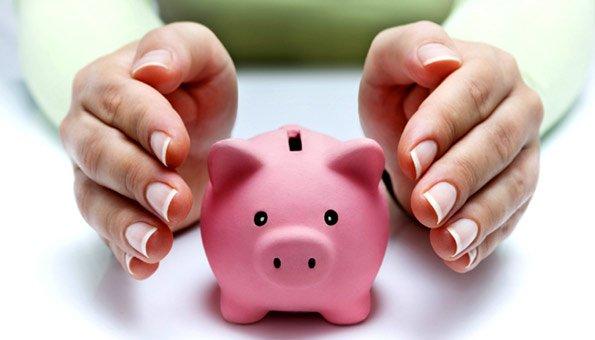 Bei einer nachhaltigen Geldanlage gibt es Risiken und persönliche Bedürfnisse zu beachten.