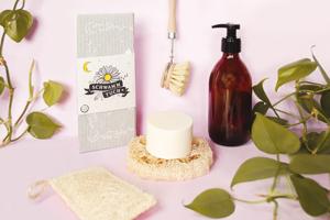 3 Low-Waste-Küchensets mit Putzmaterial und -mittel gewinnen