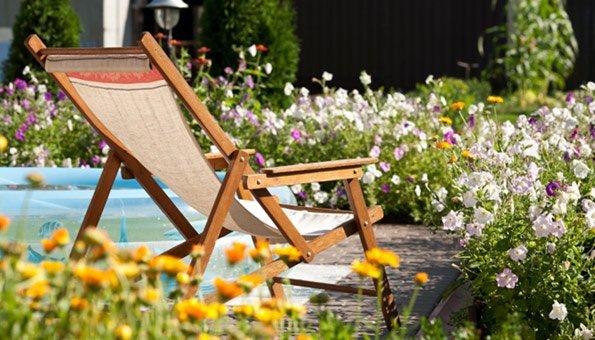 naturgarten anlegen so einfach geht es. Black Bedroom Furniture Sets. Home Design Ideas