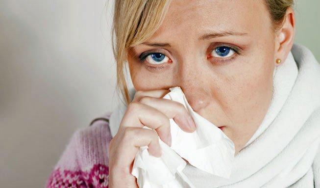 Symptome einer Grippe und welche Hausmittel dagegen helfen