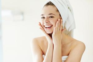 Grosse Poren? Diese Hausmittel und Tipps helfen wirklich
