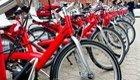 E-Bikes verdrängen Velos: Umwelt profitiert trotzdem