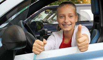 Fast die Hälfte der Jugendlichen würde ein Elektroauto fahren