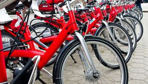 Elektrovelos: TCS gibt Tipps zum E-Bike-Kauf
