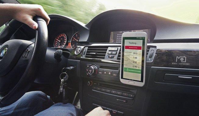 Bye bye Bleifuss: Neue App soll beim sparsamen Autofahren helfen