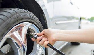 Tipps zum Benzin sparen beim Auto fahren