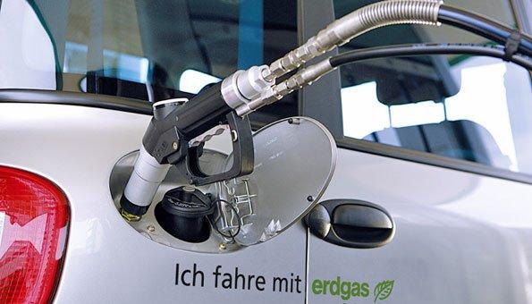 Auto fahren und dabei die Umwelt schonen.