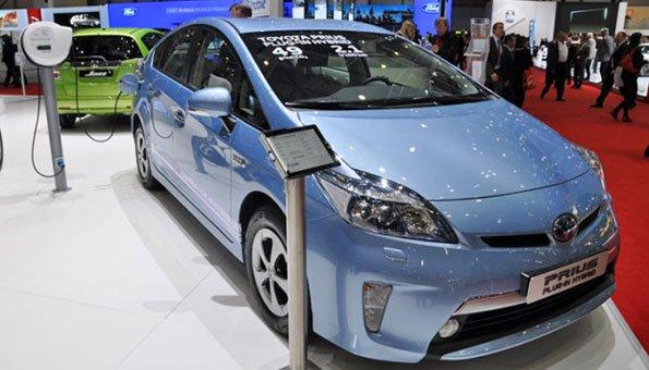 Hybrid: Sowohl für die Umwelt als auch für Ihr Geldbeutel gut.