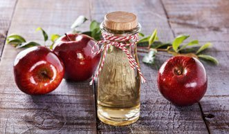 Natürlich pflegen: Schöne Haut durch Apfelessig