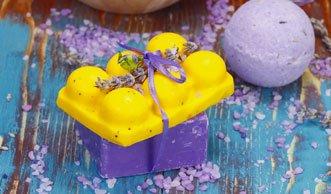 Prickelnde Pflege: Duftende Badekugeln selber machen
