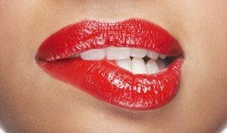 Gefährlicher Farbtupfer? Was so alles in Lippenstiften steckt