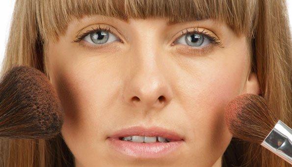 Schöner Teint mit Naturkosmetik-Make up