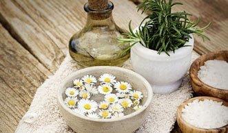 Von fruchtig bis mediterran: Natürliches Shampoo selber machen