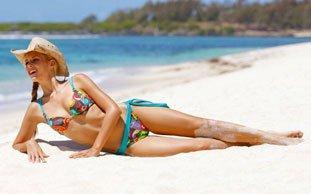 Öko-Bademode: Die Trends für Badeanzüge, Bikinis & Tankinis