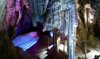 Spektakuläre Ein- und Aussichten: Die schönsten Höhlen der Schweiz
