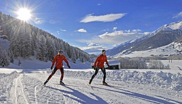 Loipen Schweiz: Auf Traumstrecken langlaufen wie Weltmeister