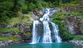 Wasserfälle in der Schweiz: Schön, spektakulär und ungebändigt