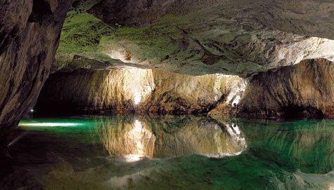 Unterirdische Seen in der Schweiz: Eine Welt für sich