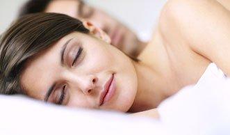 Besser schlafen: Richtige Ernährung sorgt für mehr Nachtruhe