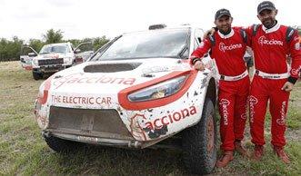 Elektroauto bezwingt erstmals die härteste Rallye der Welt