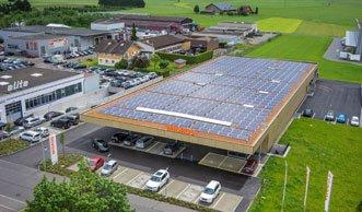 Erster Supermarkt der Schweiz gewinnt mehr Strom als er verbraucht