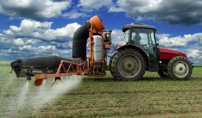 Pestizide schädigen Böden noch lange nach Verbot