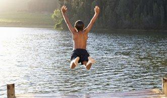 Ab ins Badi: Wasserqualität auch in der Schweiz ausgezeichnet